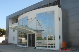 ZENON HQ JULIUS BERGER CURTAIN WALL, CLADDING, WINDOWS AND DOORS