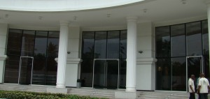 Entrance Doors with Large Openings